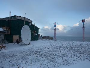 На мысе Желания установлена солнечно-ветровая электростанция