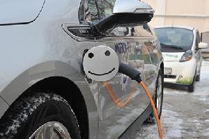 Минфин выступил против отмены транспортного налога для электромобилей