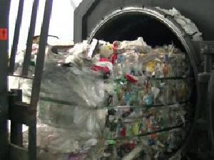 Предприниматель из Екатеринбурга наладил производство синтетической нефти из мусора