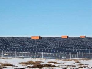 Крупнейшая солнечная электростанция запущена в Монголии