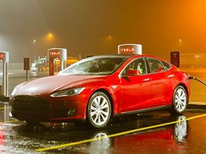 Tesla планирует открыть представительство в России