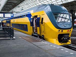 Все электропоезда в Голландии стали работать на энергии ветра