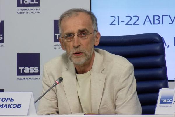 Игорь Башмаков: Первое, на чём стали экономить, – на программе энергосбережения // интервью