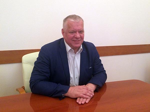 Виктор Семёнов на радио России прокомментировал инициативу Минстроя о сокращении сроков отключения горячей воды