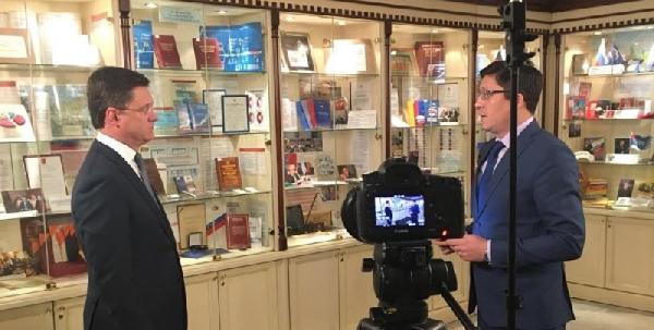 Александр Новак дал интервью программе «Деловое утро» // видео
