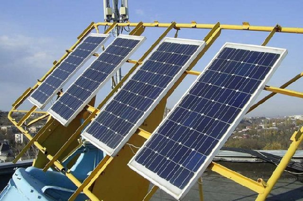 На крыше больницы в Ульяновской области установлены солнечные батареи