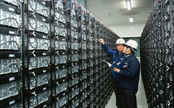Компания Hyundai строит батарею, в полтора раза большую, чем мега-батарея Tesla в Южной Австралии