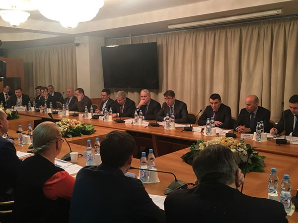 """Президент НП """"ЭГ"""""""" принял участие в круглом столе Госдумы «Модернизация объектов электрогенерации: источники финансирования»"""