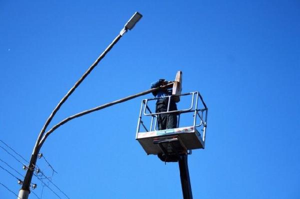 Крупнейший в Оренбургской области энергосервисный контракт по замене старых уличных ламп освещения на новые светодиодные светильники реализуют в Орске