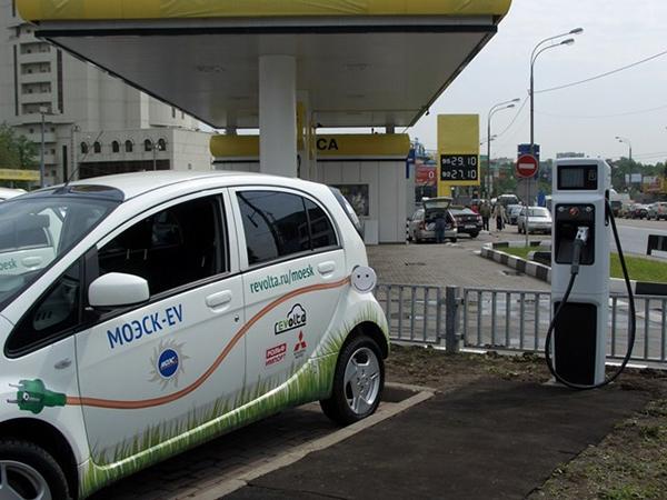 Правительство РФ начало разработку масштабной программы стимулирования электромобильного транспорта