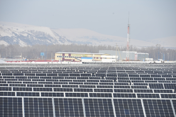 Первая солнечная электростанция с сетевым накопителем энергии может появиться в Республике Алтай