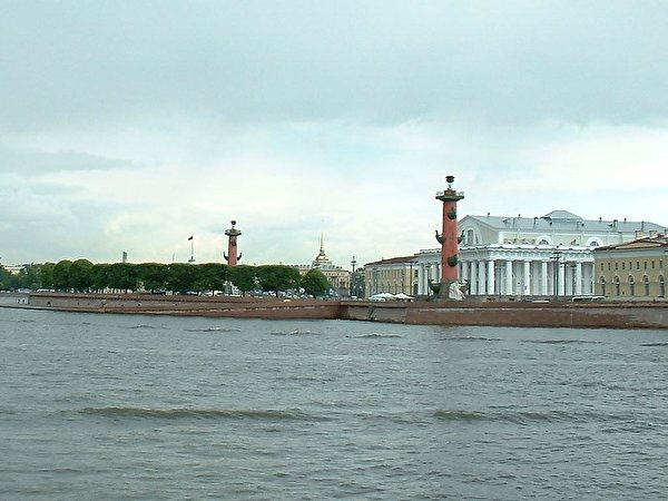 Первый российский катамаран на солнечных батареях отправится в регату 19 мая из Петербурга в Астрахань