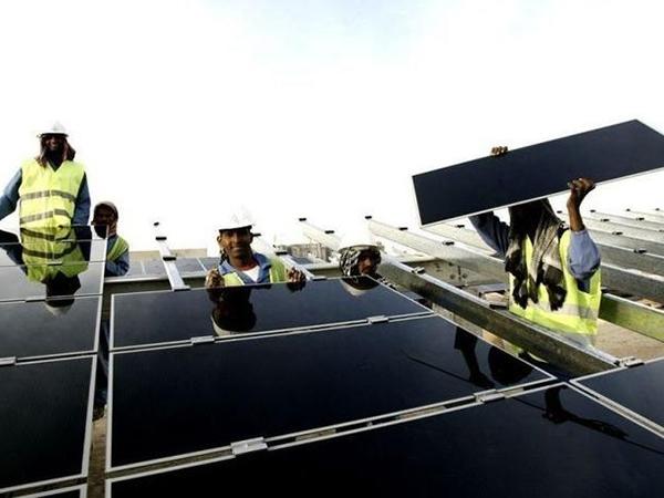 МЭА: Число работающих в возобновляемой энергетике превысило 10 млн человек