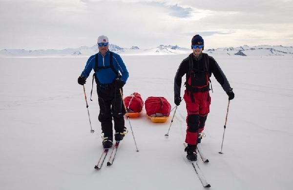 Путешественники достигли Южного полюса за счет возобновляемой энергии