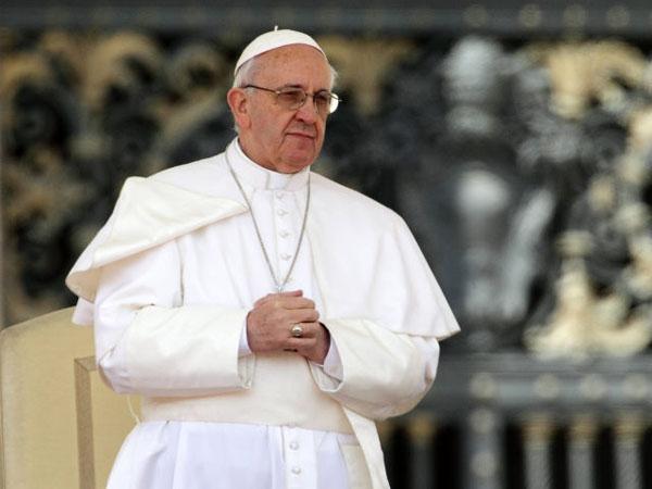 Папа Римский призвал нефтяные компании ускорить переход к возобновляемой энергетике