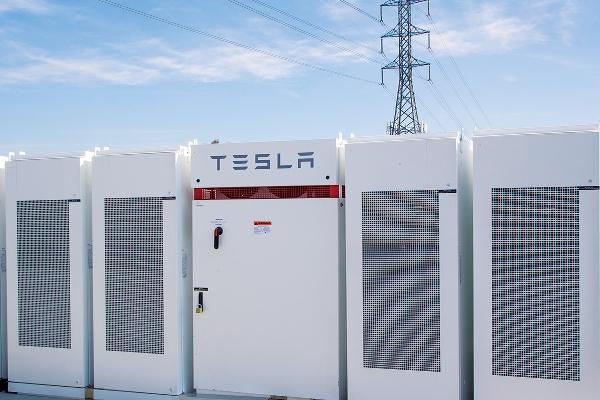 Австралийская батарея Tesla за полгода сэкономила $6,7 млн