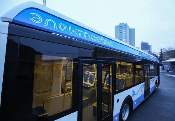 Электробусы и энергоэффективные дома: как улучшится экология Москвы?