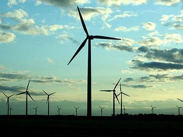 Более 1 млрд руб. вложат в производство лопастей для ветроустановок в Ульяновской области