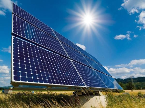 """Торговые войны могут затормозить развитие """"зеленой"""" энергетики"""