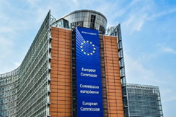 """Еврокомиссия предложила стратегию выхода на уровень """"нулевых выбросов"""" СО2 в ЕС к 2050 г. // СТАТЬЯ"""