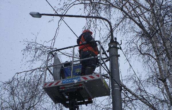 В целях энергосбережения в Рубцовске заменят около тысячи светильников наружного освещения